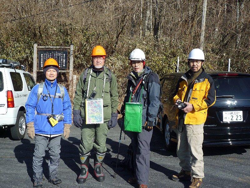 富士山南面森林調査進行中...