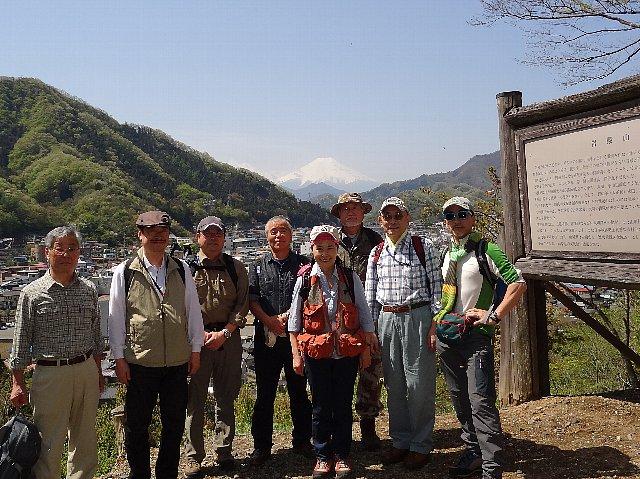 2012 富士山が眺められる山歩き(1) 岩殿山