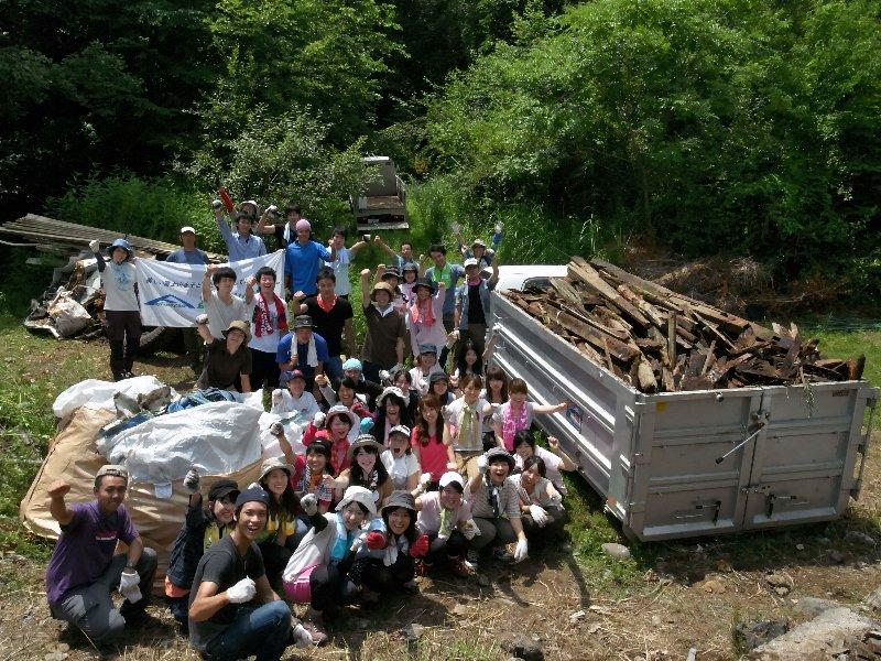 「地球の歩き方」の旅 富士山清掃活動 で産廃撤去テスト活動!