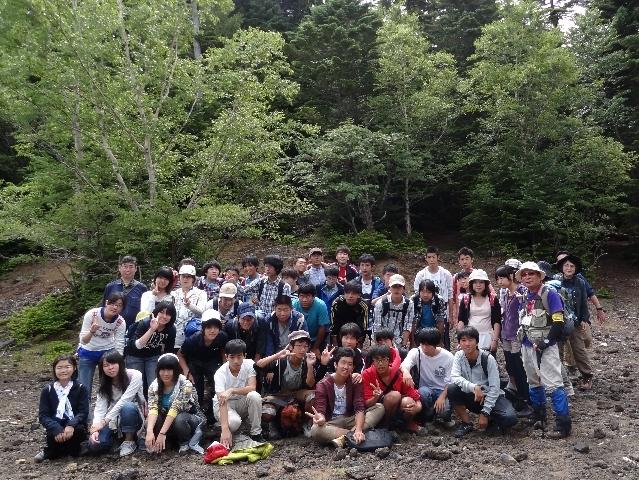 神奈川県立生田高校 自然科学コース1年生が富士山で野外学習