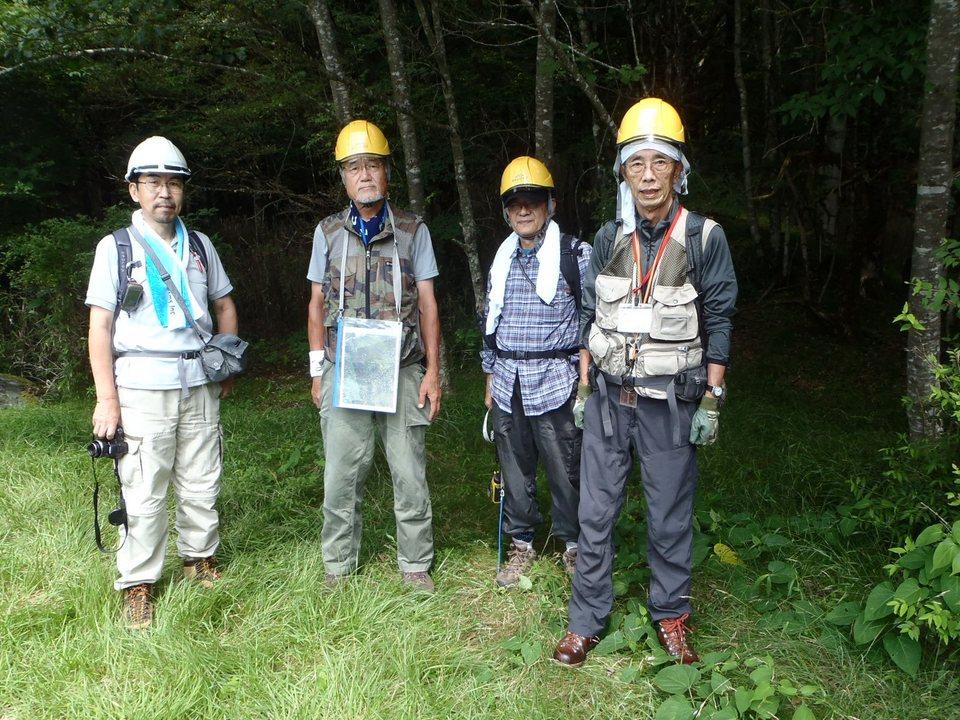 富士山南面森林調査活動を実施しました。