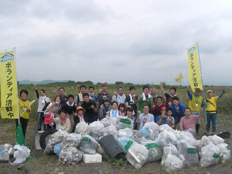 富士フイルム株式会社富士宮工場で働く皆さんと清掃活動を実施しました!