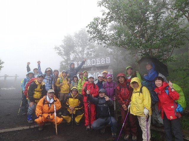 2013富士登山 元気に登ってきました! 神田紫さんは頂上講談で北斎語る