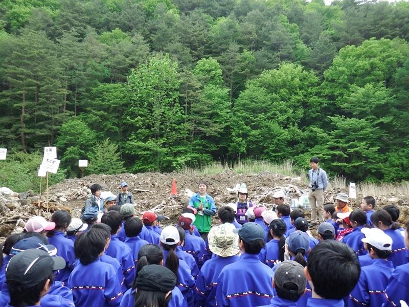 世田谷区立東深沢中学校の皆さんと清掃活動を行いました!