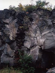 鳴沢ジラコンノの溶岩スパイラクル